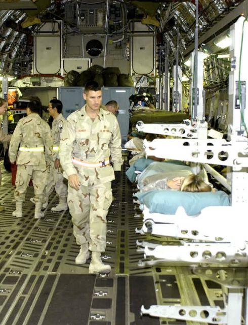 C-17 Globemaster III - Moving patients Picture
