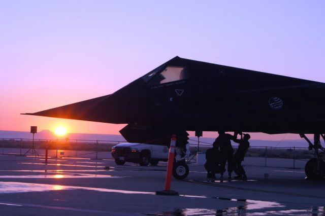 F-117 Nighthawk - Edwards air show Picture