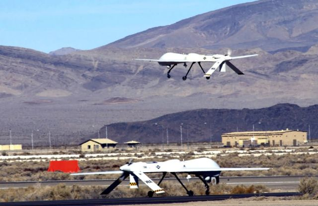 MQ-1 Predator - Predators fly first ever four-ship sorties Picture
