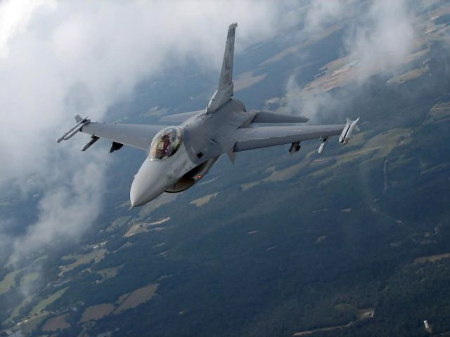 F-16 - Military appreciation Picture