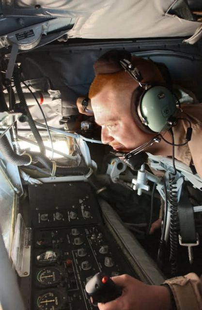 KC-135 - Air refueling missions essential to ground troops Picture