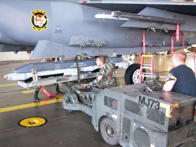 GBU-39 - Airmen test new small diameter bomb system Picture