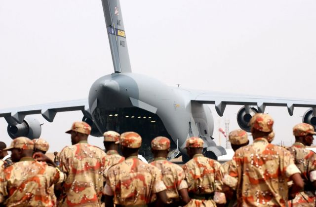 C-17 - USAFE helps Rwandan troops deploy to Darfur Picture