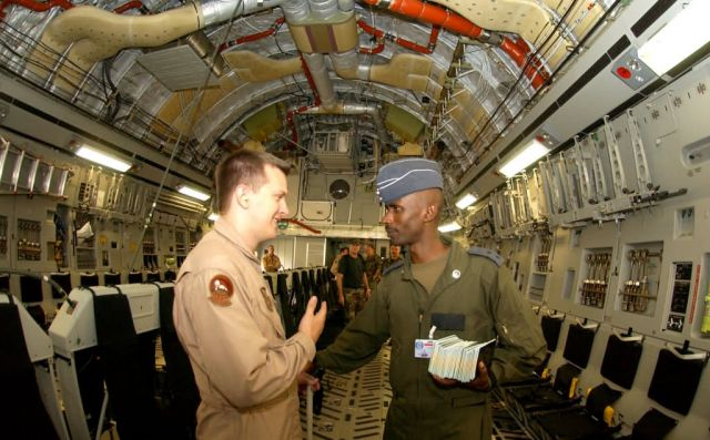 C-17 - USAFE helps Rwandan troops deploy to Darfur Picture