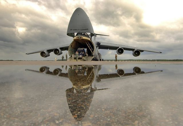C-5 Galaxy - Galaxy reflection Picture