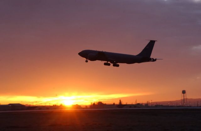 KC-135 - Tanker pride Picture