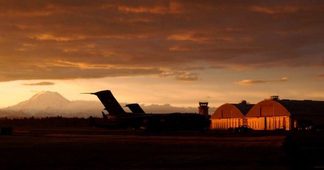 C-17 Globemaster IIIs - Sun rise Picture