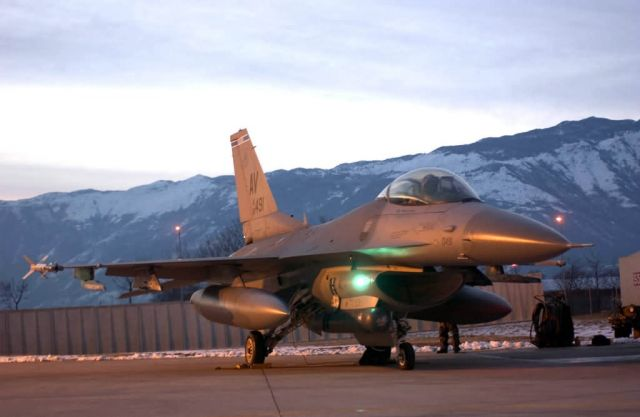 F-16 - Frozen Falcons Picture