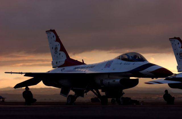 F-16 - Sunrise launch Picture