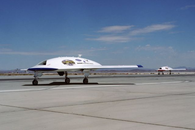 X-45A - 'Line of Sight' test brings out tactical side of X-45A Picture