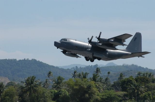 MC-130P - AFSOC unit wraps up Asian aid mission Picture
