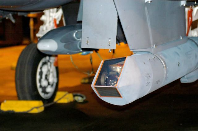 F-15E - F-15E crew uses new targeting pod Picture