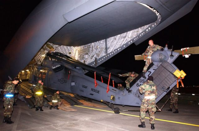 HH-60G Pave Hawk - Pave Hawks catch lift to Sri Lanka Picture