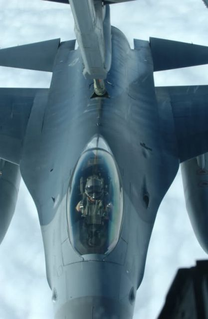 KC-10A - Christmas refuel Picture