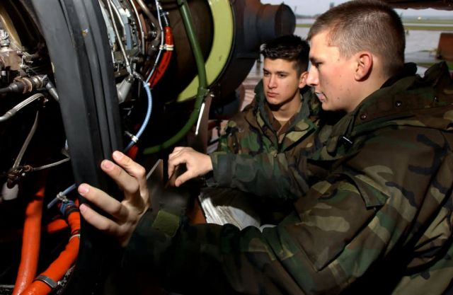 MH-53M - Helicopter inspection Picture