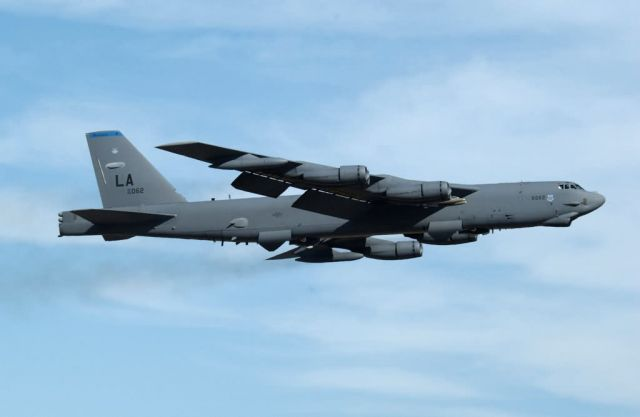B-52H - That's a big bomber! Picture