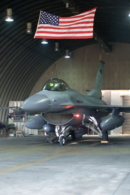 F-16 - Go to your bunker Picture