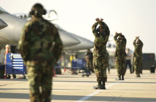 F-15 Eagles - Maintainers mind William Tell details Picture
