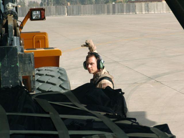 C-130 Hercules - Into Iraq Picture