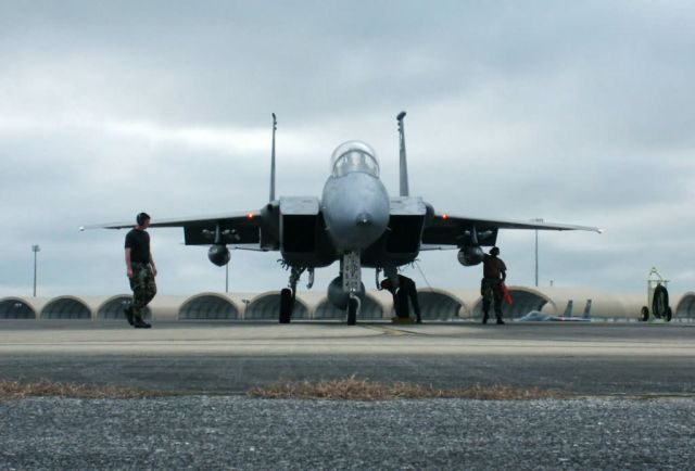 F-15 Eagles - Bases, aircraft prepare for Hurricane Ivan Picture