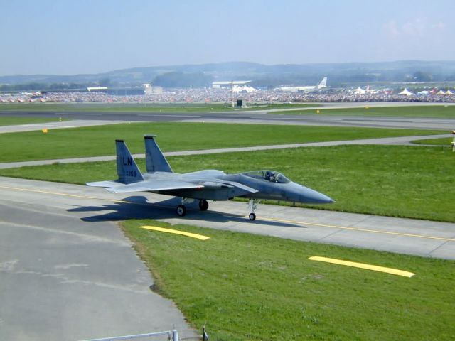 F-15 Eagle - American Eagle flies in Swiss sky Picture