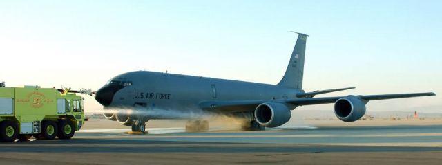 KC-135 Stratotanker - Carbon brake tests increase tanker's capabilities Picture