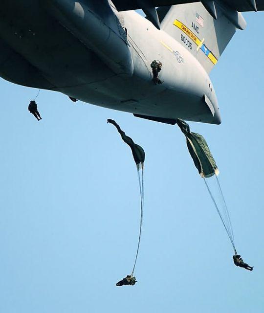 C-17 Globemaster III - Geronimo! Picture