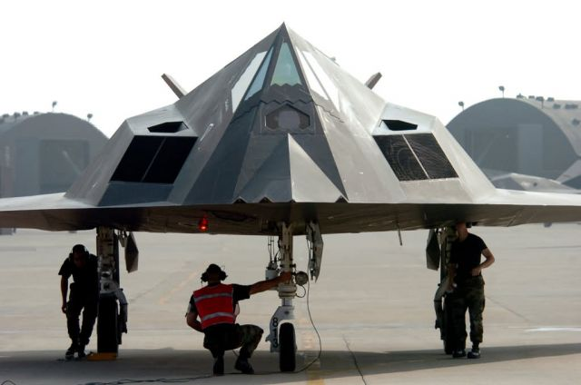 F-117 Nighthawk - Nighthawk check Picture