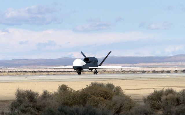Global Hawk - Air Force receives newest Global Hawk Picture