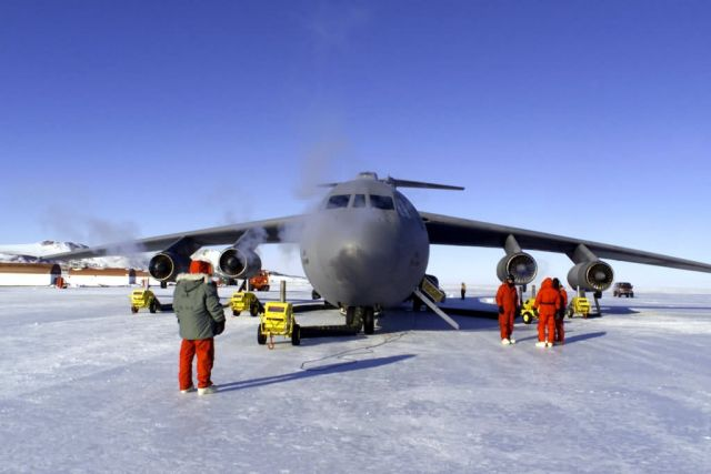 C-141C Starlifter - Reservists support Antarctic mission Picture