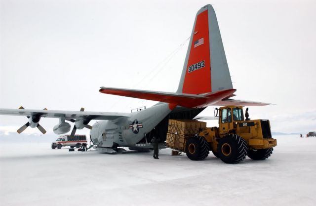 LC-130H - Operation Deep Freeze Picture