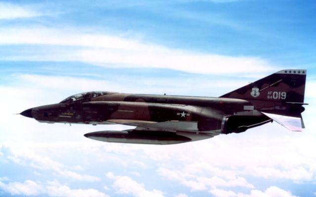RF-4C Phantom II - RF-4C Phantom II Picture