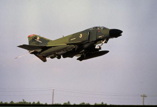 F-4 Phantom - F-4 Picture