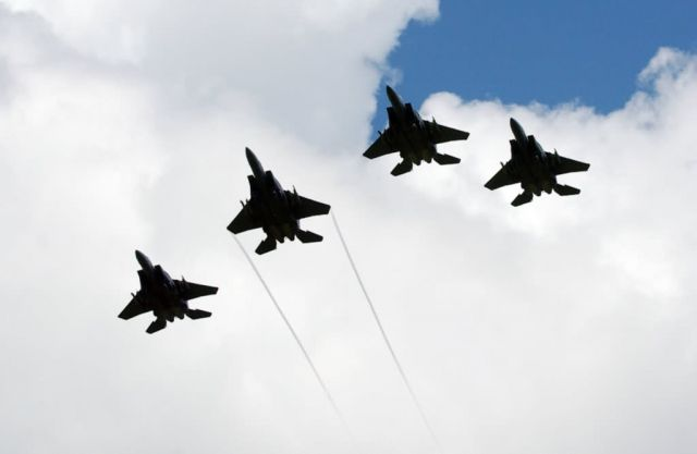 F-15E Strike Eagles - Formation of remembrance Picture