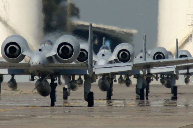 A-10 Thunderbolt II - Bolts on water Picture