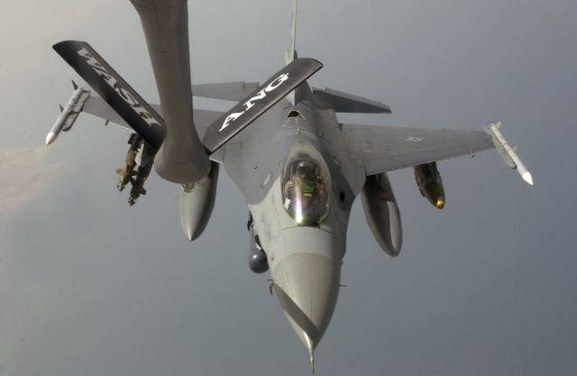 F-16 Fighting Falcon - One billion pounds of fuel Picture