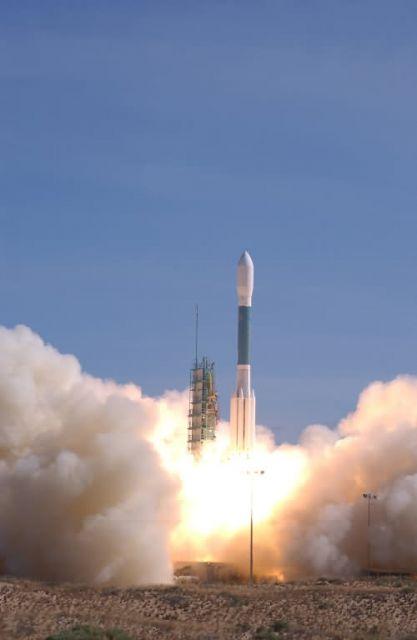 Delta II - 3, 2, 1 .... Picture