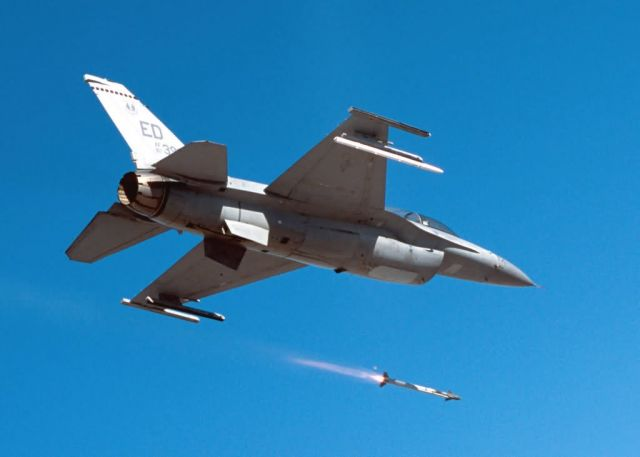 AIM-9 - Fire! Picture