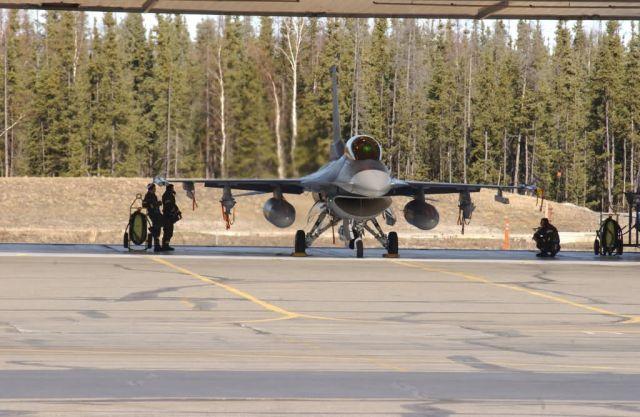 F-16 - Falcon ready Picture