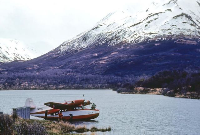 Airplane on Karluk Lake Picture