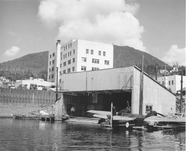 FWS Aircraft Hangar at Ketchikan Picture