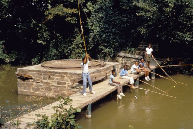 WO 837 C&O Canal Urban Fishing Program Picture