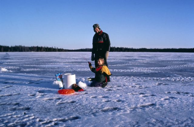 WO 5500 Ice Fishing Kenai NWR Picture