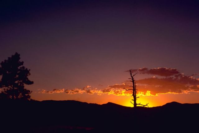 Sunset at Flaming Gorge Utah Picture