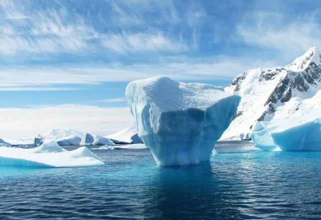 Antarctica Iceberg Picture