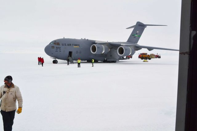 Air Force C-17 Globemaster aircraft at South Pole Station in the austral spring of 2012. Picture