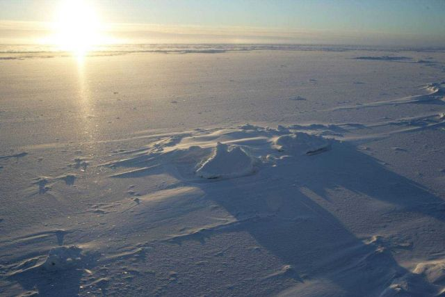 An Arctic sunrise Picture