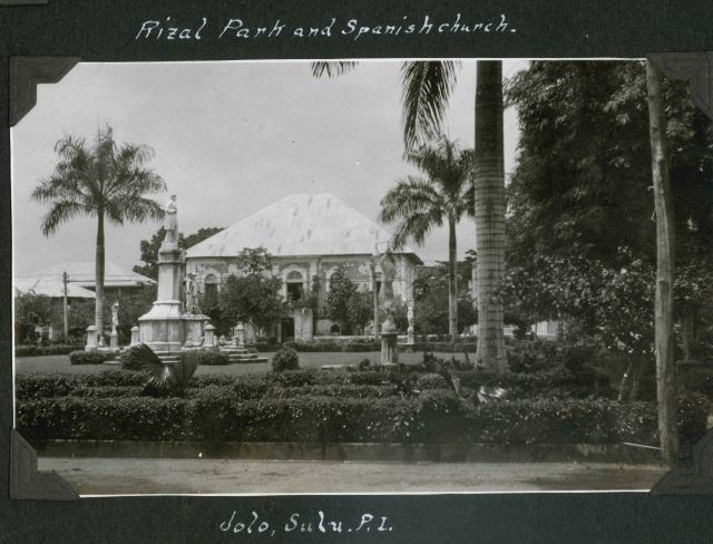 Rizal Park and Spanish Church at Jolo. Picture