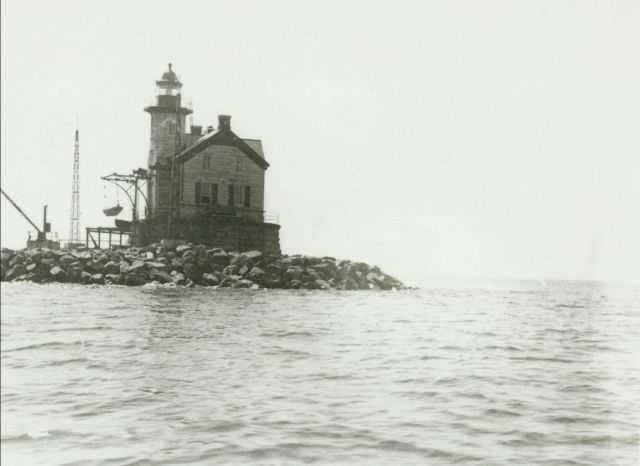Different view of Saugerties Lighthouse than image cgs00569. Picture