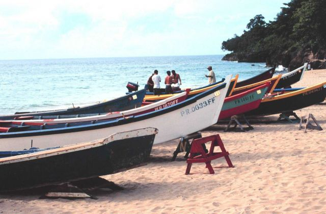 Small-scale fishing vessels operating from the beach Picture